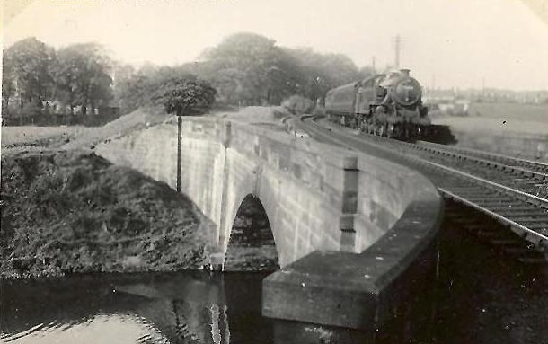 Hawkhead bridge (built in 1810 )  - GH Robin