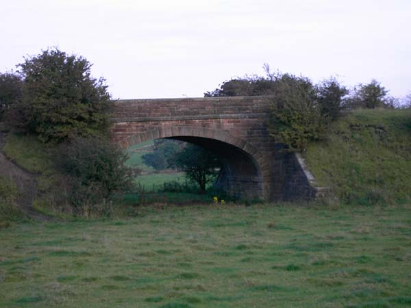 Railway bridge on Grahamston Road, Paisley